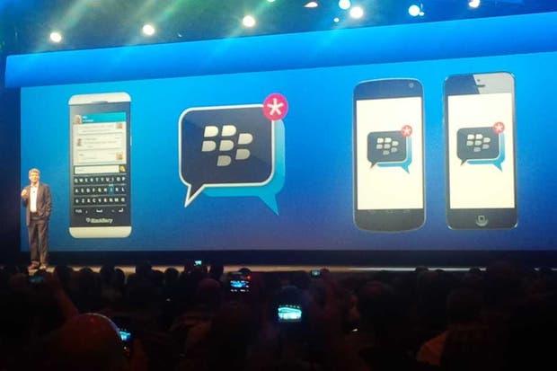 El anuncio de la llegada del servicio de mensajería BBM los teléfonos con iOS y Android durante la conferencia de desarrolladores de BlackBerry