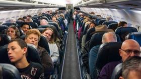 Las posibilidades son pocas, pero puede pasar que alguien muera en un vuelo