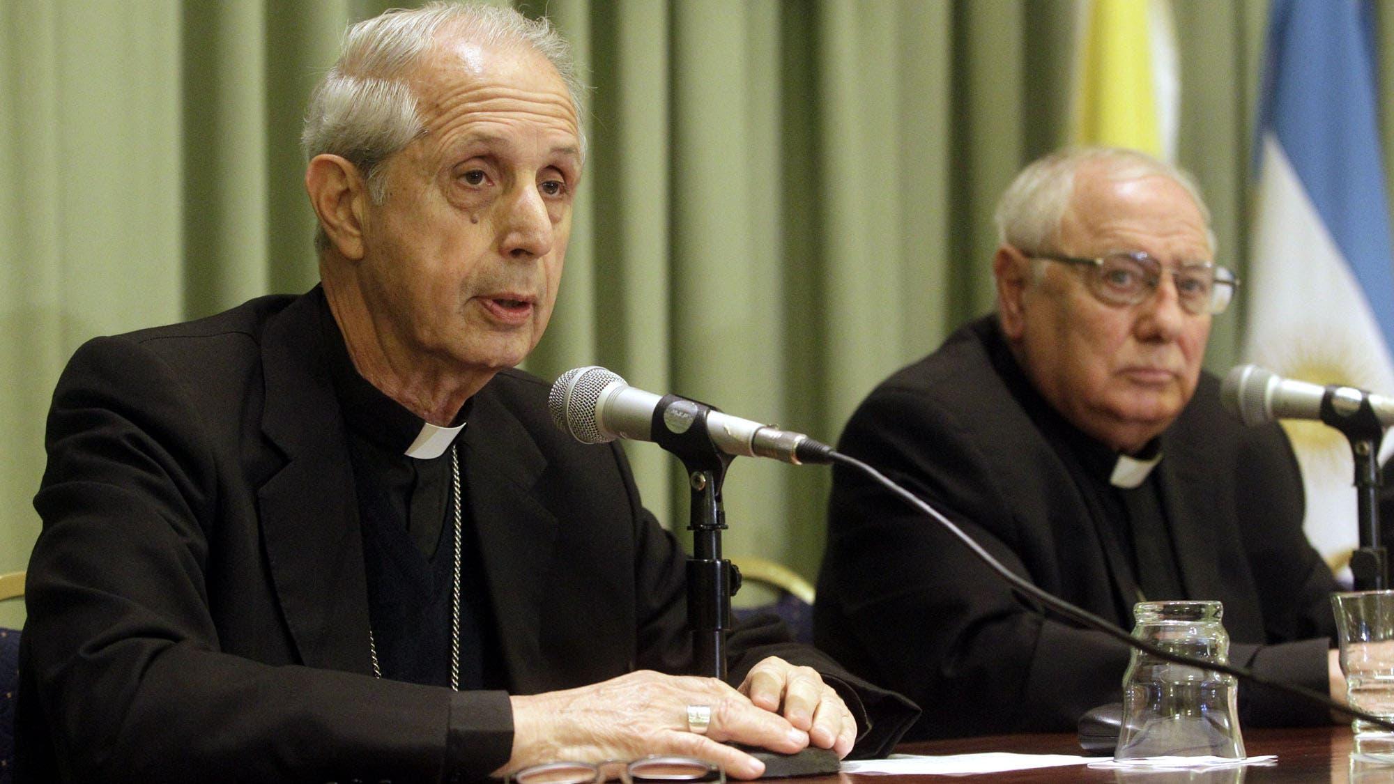 La Iglesia desclasifica unas 3000 cartas de la dictadura militar