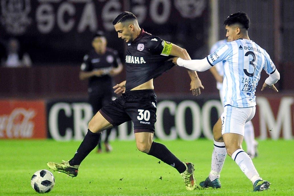 El irregular Lanús enfrenta a Atlético Tucumán