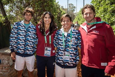 Díaz Acosta junto con Gabriela Sabatini, Sebastián Báez y David Nalbandian