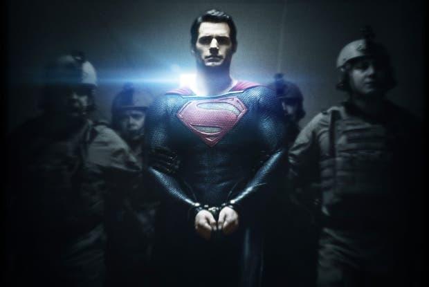 Henry Cavill protagonizará Superman: Hombre de Acero