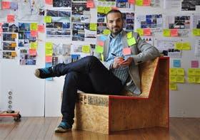 Martín Zabaleta dirige Insitum, una agencia donde trabajan diseñadores, matemáticos, antropólogos y economistas