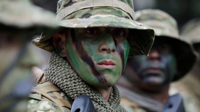 Palermo se convirtió en escenario de un largo desfile militar