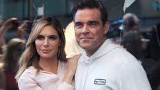 Robbie Williams junto a su mujer, tiempo atrás