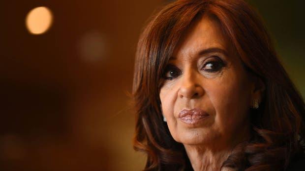 Fiscal pide abrir juicio por asociación ilícita a Cristina Fernández
