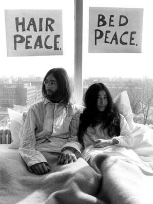 Ahora podés dormir en la suite donde John Lennon y Yoko Ono hicieron su bed-in por la paz