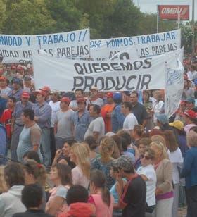 Manifestantes protestaron en la localidad santafecina de Las Parejas