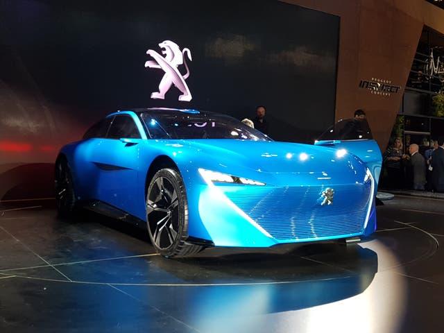 El más nuevo. El Peugeot Instinct, presentado este año, señala el rumbo del diseño en lo inmediato
