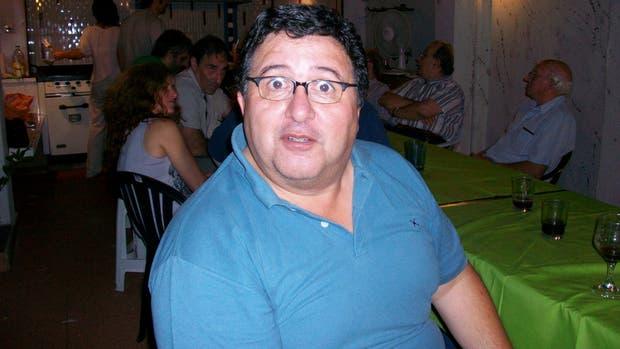 Eduardo se paró en la balanza pensando que pesaba casi 35 kilos menos de lo que marcó