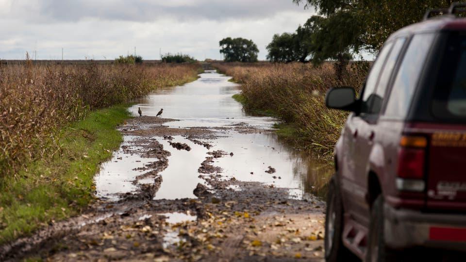 Los caminos están intransitables. Foto: LA NACION / Marcelo Manera
