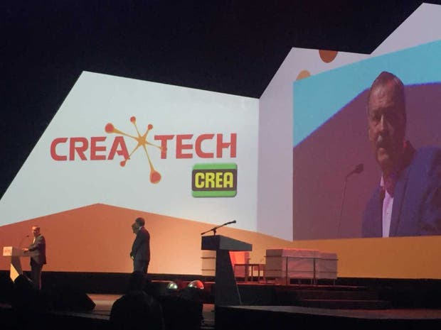 El gobernador cordobés en el acto de apertura de CREAtech