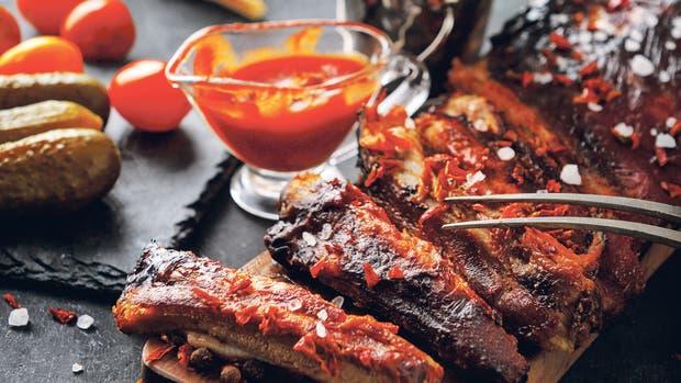 Te proponemos 10 lugares donde comer con la mano unas ribs tan tentadoras como estas