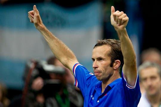 Radek Stepanek le ganó con autoridad a Pico Monaco en el primer punto de la serie. Foto: AP