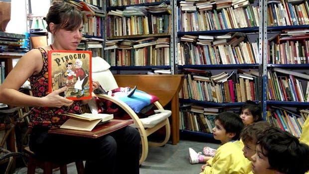 Las lecturas de la infancia fueron ayer motivo de un enriquecedor intercambio de experiencias en un panel convocado por la organización Infancia en deuda