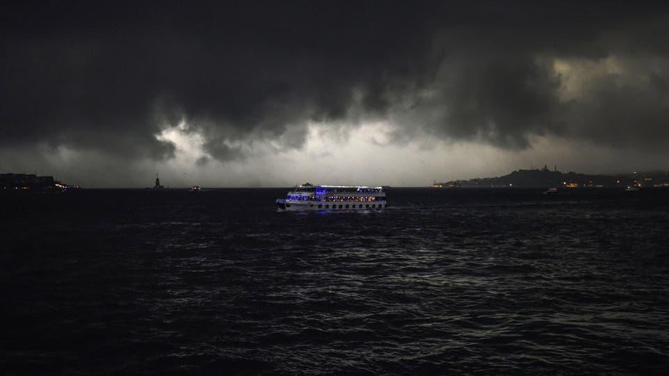 Una feroz tormenta de granizo cayó sobre Estambul
