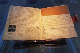 Todos los diarios y manuscritos conservados de Ana Frank volvieron a la casa de Ámsterdam, sobre la calle Prinsengracht