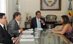 El gobernador, con parte de su gabinete, ayer en La Plata