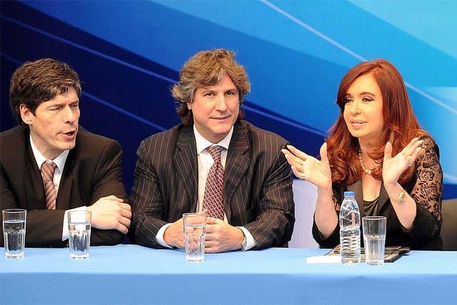 Cristina, junto a Boudou y Abal Medina en el acto de YPF que se celebró ayer