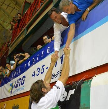 Oberto y el regreso más esperado por los hinchas de Atenas y del básquetbol argentino. Foto: LA NACION / Irma Montiel