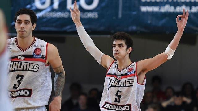 Eric Flor fue la figura en el triunfo de Quilmes