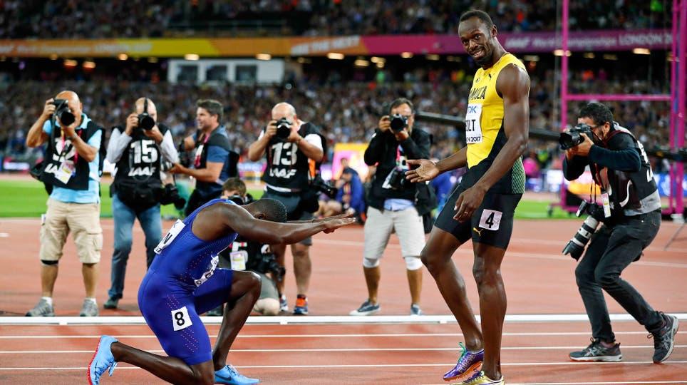 Justin Gatlin junto a Usain Bolt. Foto: Reuters / Phil Noble