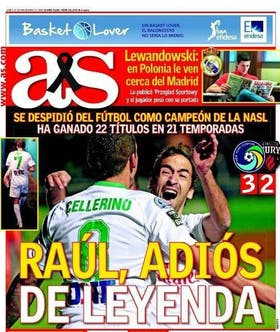 Diciembre de 2015: la tapa del diario As, de España, el día del retiro de Raúl, con el acompañamiento de un héroe inesperado