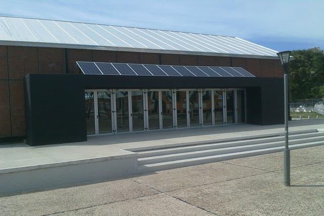 Uno de los edificios gubernamentales de la provincia de Santa Fe con paneles solares