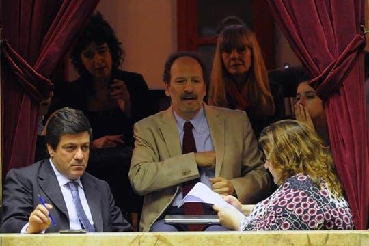 Gabriel Mariotto, interventor en el Comfer, custodia desde el palco. Foto: LA NACION / Fabián Marelli