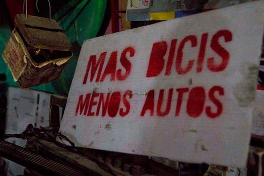 Un cartel que lo dice todo. Foto: LA NACION / Matías Aimar