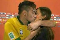 """El """"beso"""" de Neymar a Sara Carbonero y el """"cono"""" Arbeloa"""