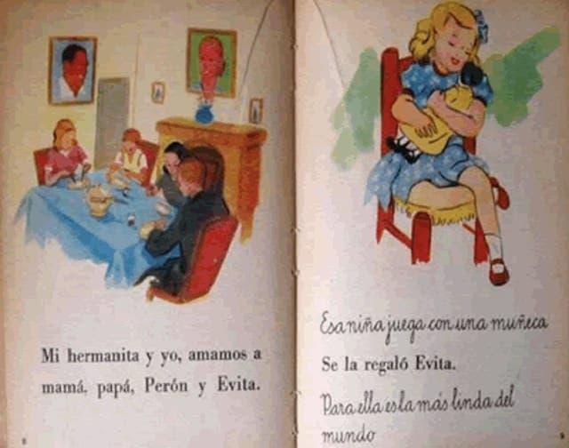 """""""Mi hermanita y yo, amamos a mamá, papá, Perón y Evita"""""""