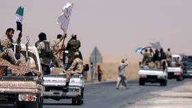 Un convoy de las Fuerzas Democráticas Sirias (FDS) camino a Raqqa