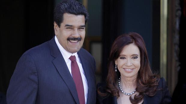 Hace cuatro años, Cristina le había entregado la condecoración a Maduro
