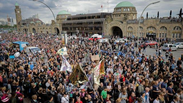 """Los organizadores de la manifestación de hoy la bautizaron """"G-20: bienvenido al infierno"""""""