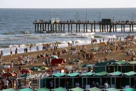 Las playas de Pinamar esperan la llegada de miles de turistas durante este fin de semana