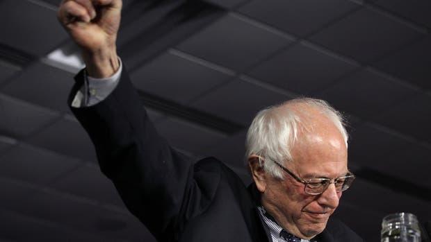 Entre Sanders y Clinton hubo 4 votos de diferencia