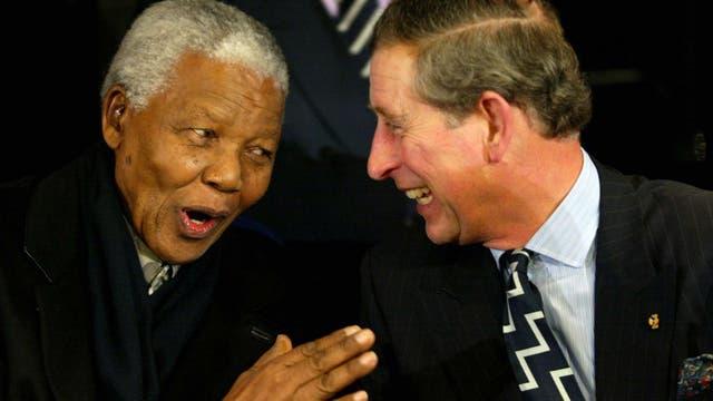Junto a Nelson Mandela en el Amsterdam Arena en febrero de 2002