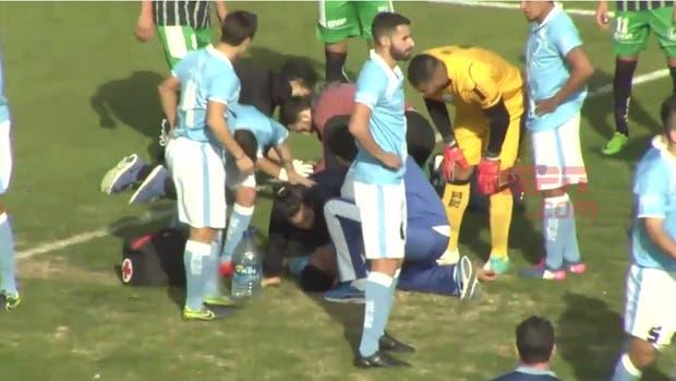 Olariaga es atendido a la espera de la ambulancia