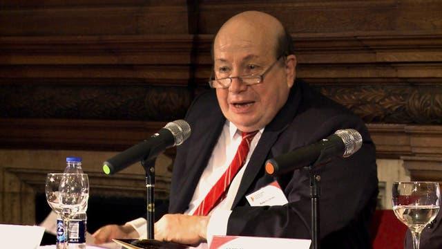 Roberto Dromi, el ministro de Obras Públicas que encabezó las privatizaciones en el gobierno de Menem