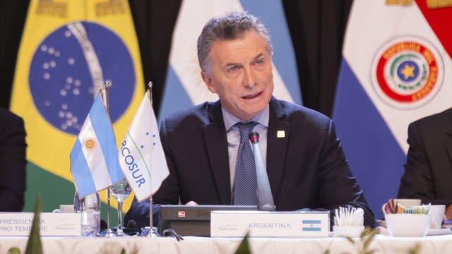 Resultado de imagen para presidente Mauricio Macri en el plano regional. La suspensión permanente de Venezuela del Mercosur