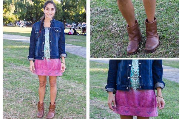 ¡Sí al oho chic! Vestido en degradé, botitas caña corta y campera de jean, siempre una buena opción por si refresca. Foto: Agustina Ferreri