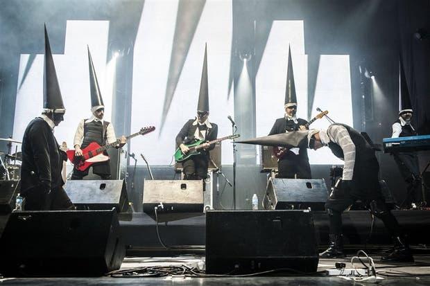 La banda con Ricky Rúa (el primero a la izquierda), en su vuelta a los escenarios en 2014