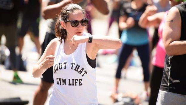 Los dispositivos permiten llevar un registro de toda la actividad física que una persona hace al día