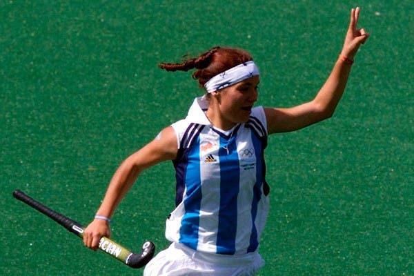Sole García, autora de un golazo contra China en Sydney 2000.  Foto:AP