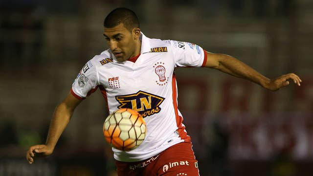 Godoy Cruz derrotó a Huracán en Mendoza