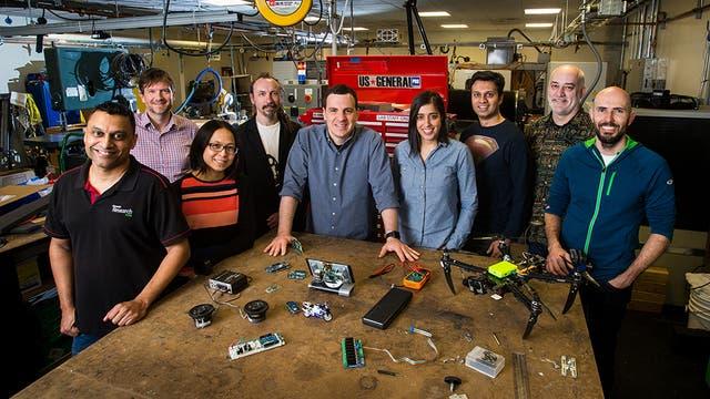El equipo de Microsoft que logró meter un motor de inteligencia artificial en una Raspberry Pi