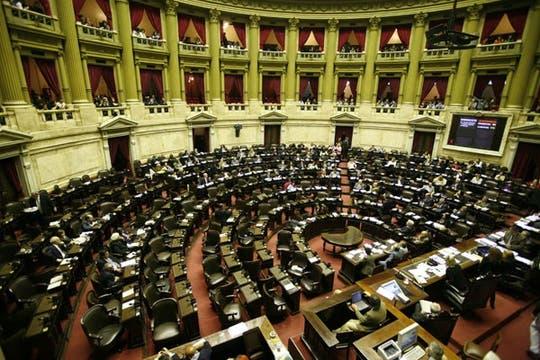 Después de más de 13 horas, se aprobó el proyecto en la Cámara baja. Foto: LA NACION / Fabián Marelli