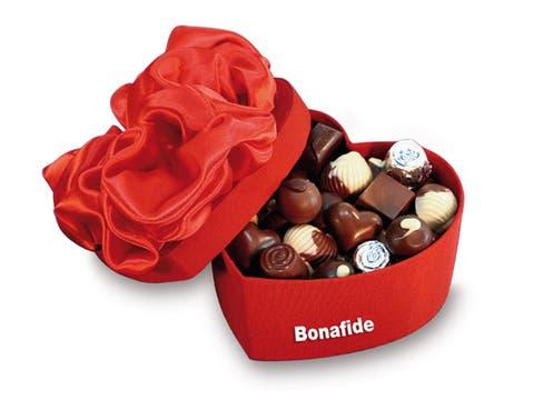 Ideal para declarar tu amor, la caja de bombones Bonafide con forma de corazón ($ 123,50, 800 gr.). Foto: lanacion.com