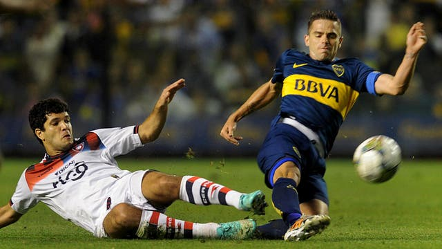 Boca enfrenta a Cerro en Asunción